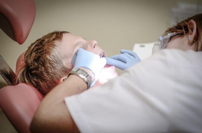 Copilul de 4 ani din Piteşti a murit din cauza anesteziei făcute la stomatolog