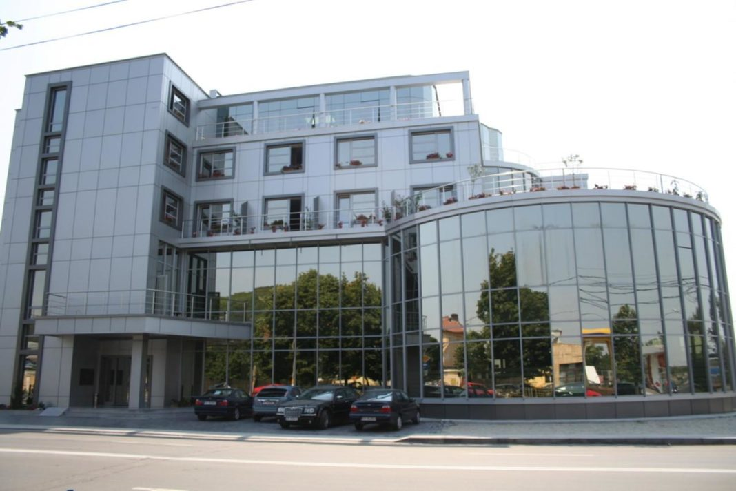 """Hotelul lui Răzvan Raț, spațiu de carantină la Slatina: """"Unde stă șmecherii la carantină? La hotel!"""""""