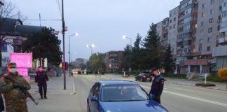 Un tânăr prins conducând băut, fără permis şi fără declaraţie