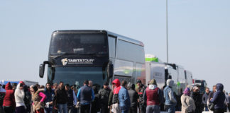 Ungaria face o excepție și permite tranzitul românilor și bulgarilor blocați la granița cu Austria
