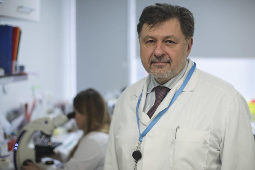Alexandru Rafila, expert al OMS, a spus că indicele de transmisie trebuie să fie sub 1% ca să scăpăm de pandemie