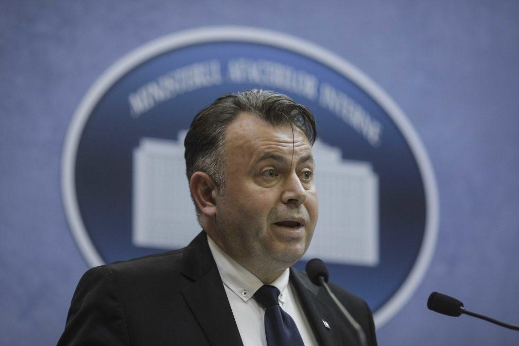 Ministrul Nelu Tătaru a spus că este posibil ca de la începutul lunii august românii să revină la o viață aproape de cea normală