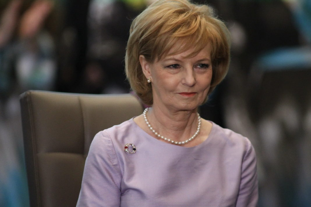 Custodele Coroanei române împlineşte 71 de ani