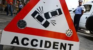 4 victime într-un accident cu 4 maşini