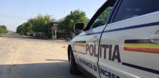 Unul dintre tinerii care au furat maşina a fost prins de poliţişti în trafic, în timp ce conducea alt autoturism.