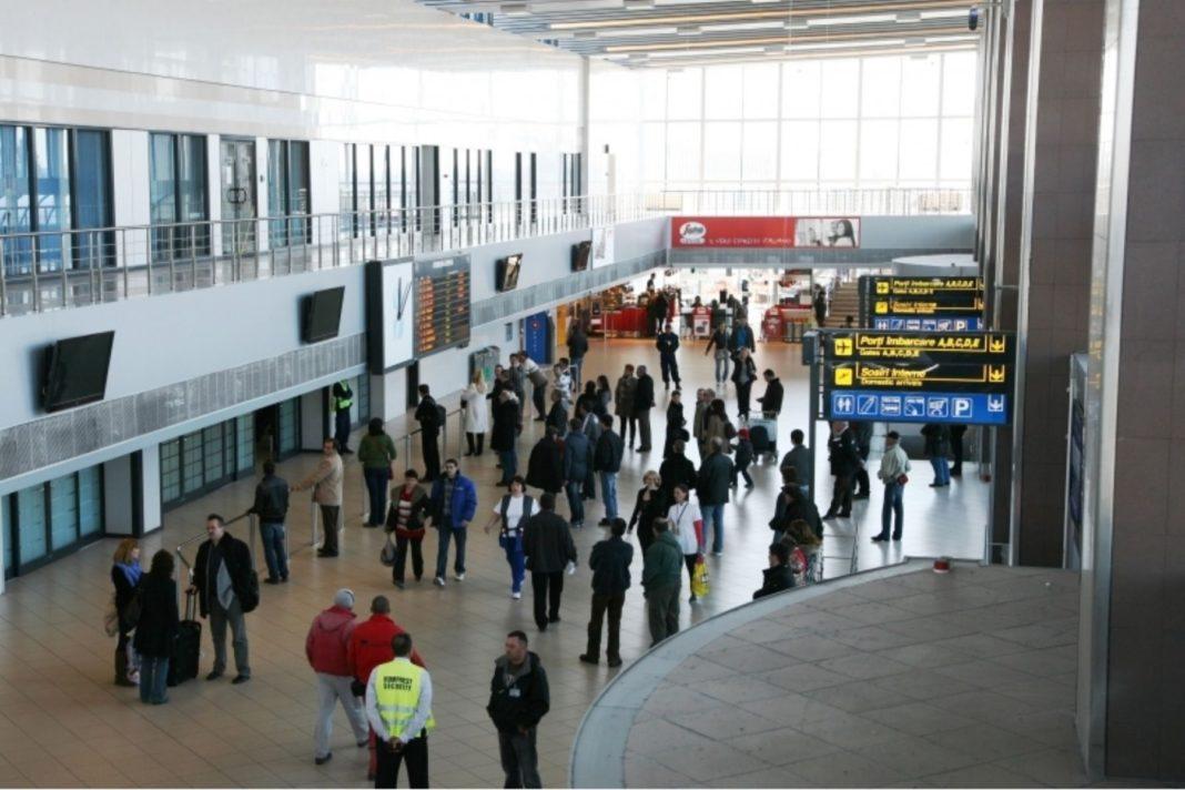 Angajat al Aeroportului Otopeni, diagnosticat cu COVID-19