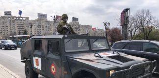 Armata a ieșit pe străzile din București