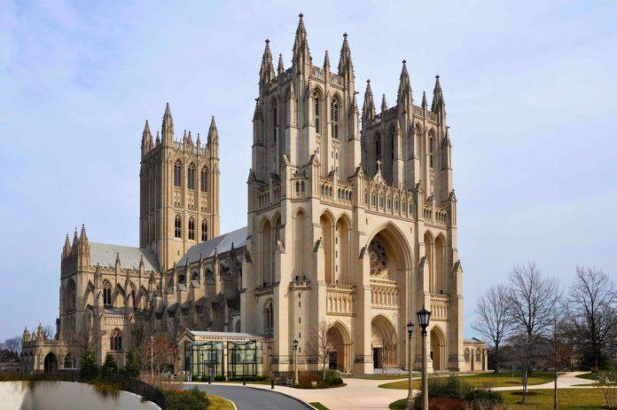 Peste 5.000 de măști de protecție, descoperite în cripta catedralei din Washington