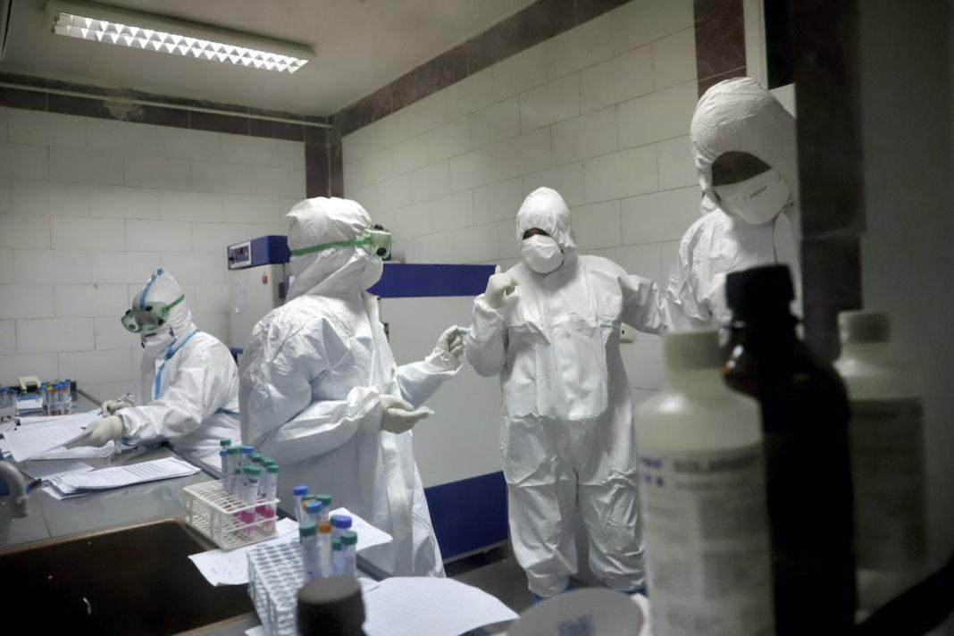 285 cadre medicale infectate cu noul corinavirus