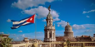 Turiştii prezenţi în Cuba, plasaţi în izolare din cauza pandemiei
