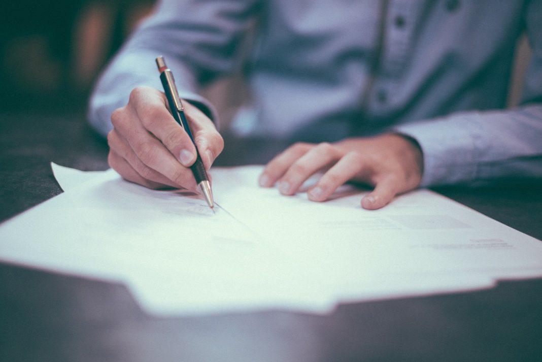 Prin SPV se acordă titularului contului SPV posibilitatea de a plăti, în numele oricărei alte persoane fizice, impozite sau contribuții evidențiate în Declarația unică