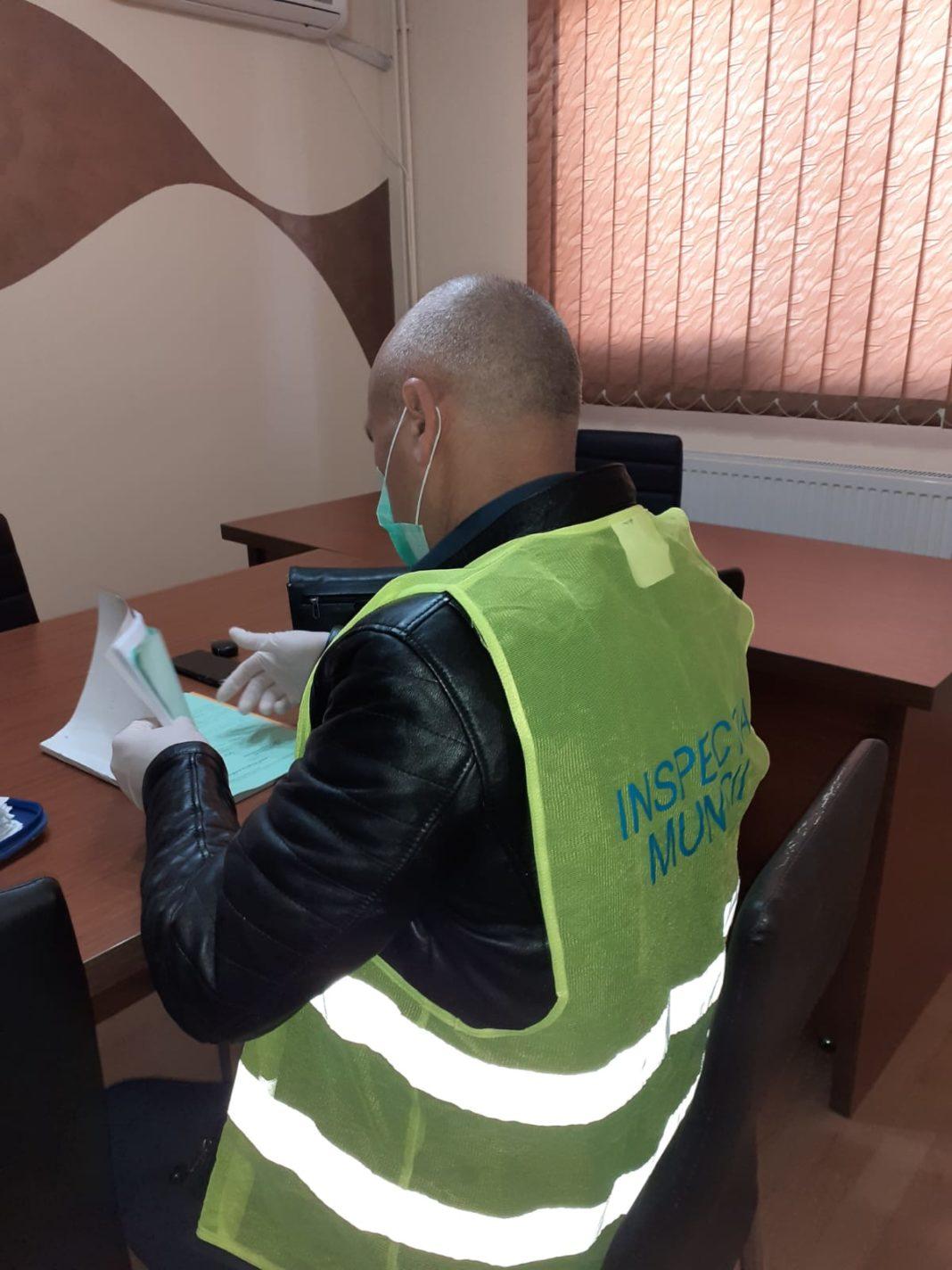 a data de 30 martie, la nivelul județului Gorj, a fost transmisă, la Inspectoratul Teritorial de Muncă Gorj, suspendarea pentru 5.365 de contracte individuale de muncă