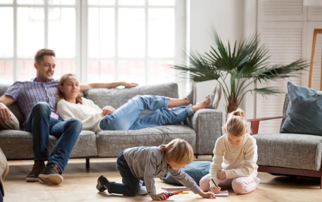 Lecții de izolare de la o familie din Roma care stau în casă de 3 săptămâni