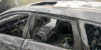 O maşină a luat foc pe Autostrada Soarelui