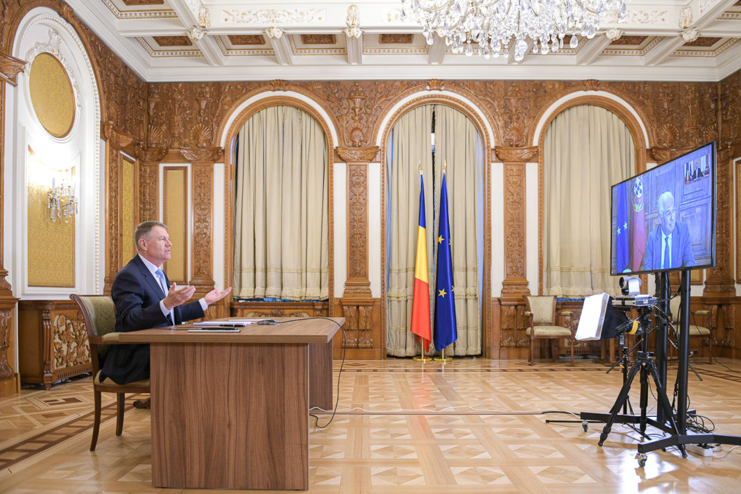 Preşedintele Klaus Iohannis va avea, joi, o videoconferinţă cu prim-ministrul Ludovic Orban, ministrul Afacerilor Interne, Marcel Vela, cu prefecţii şi şefii instituţiilor publice deconcentrate pe tema gestionării epidemiei COVID-19