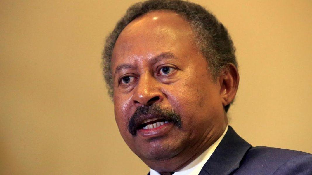 Premierul sudanez a scăpat cu viaţă, după ce convoiul său a fost atacat