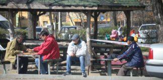 Craiovenilor nu le pasă de măsurile şi avertismentele autorităţilor