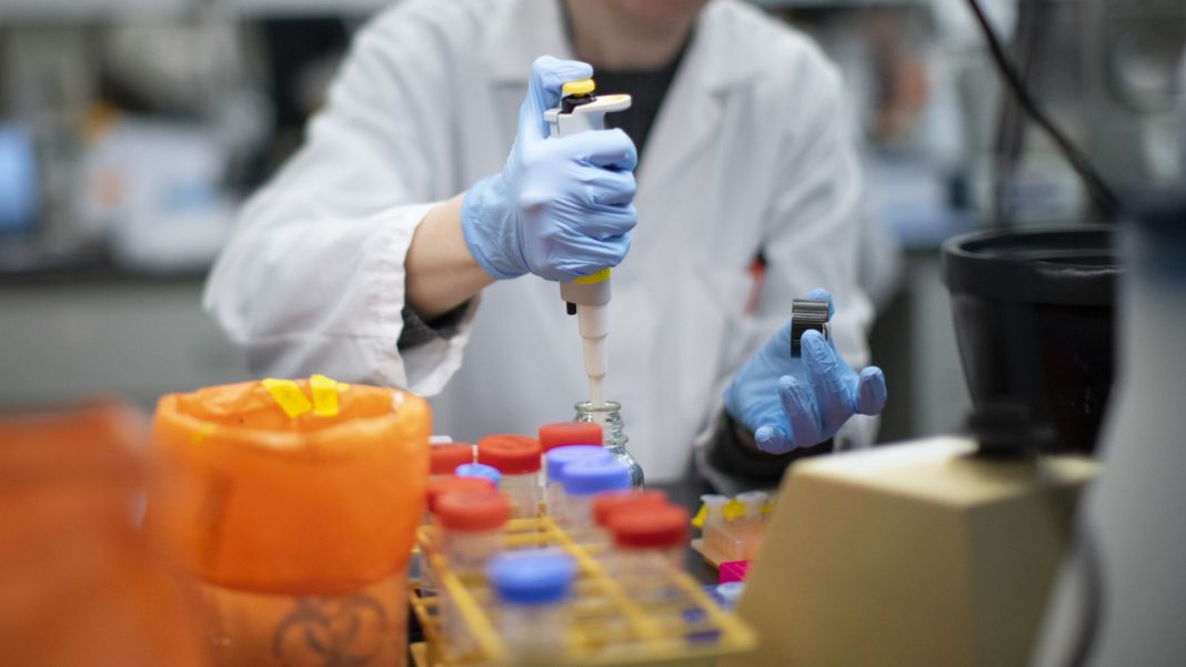 Un jandarm gorjean a fost depistat cu noul coronavirus