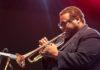 Legendarul trompetist de jazz Wallace Roney a murit din cauza complicațiilor provocate de noul coronavirus
