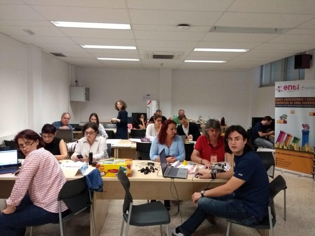 Proiectul european Erasmus+ ROBOtics Învățare pentru abilitarea noilor GENerații de inovatori ai UE