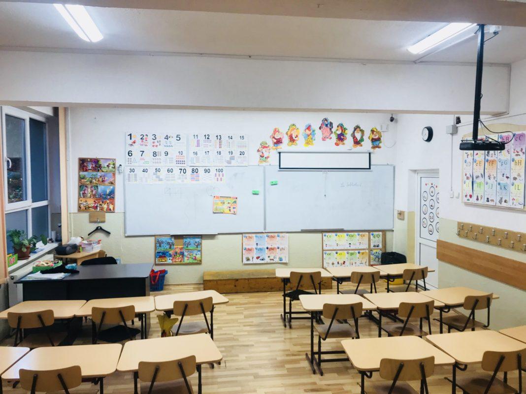 Prima dată avansată oficial pentru redeschiderea școlilor