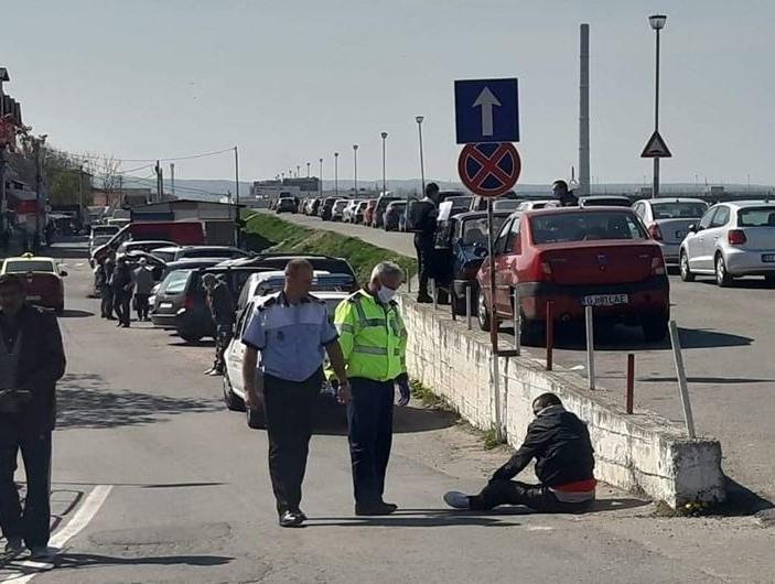 Persoane în stare de ebrietate, depistate de polițiști gorjeni pe străzi din Târgu Jiu, în plină pandemie de coronavirus.