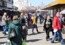 Ieri, la prânz în Piaţa Centrală/foto: Claudiu Tudor