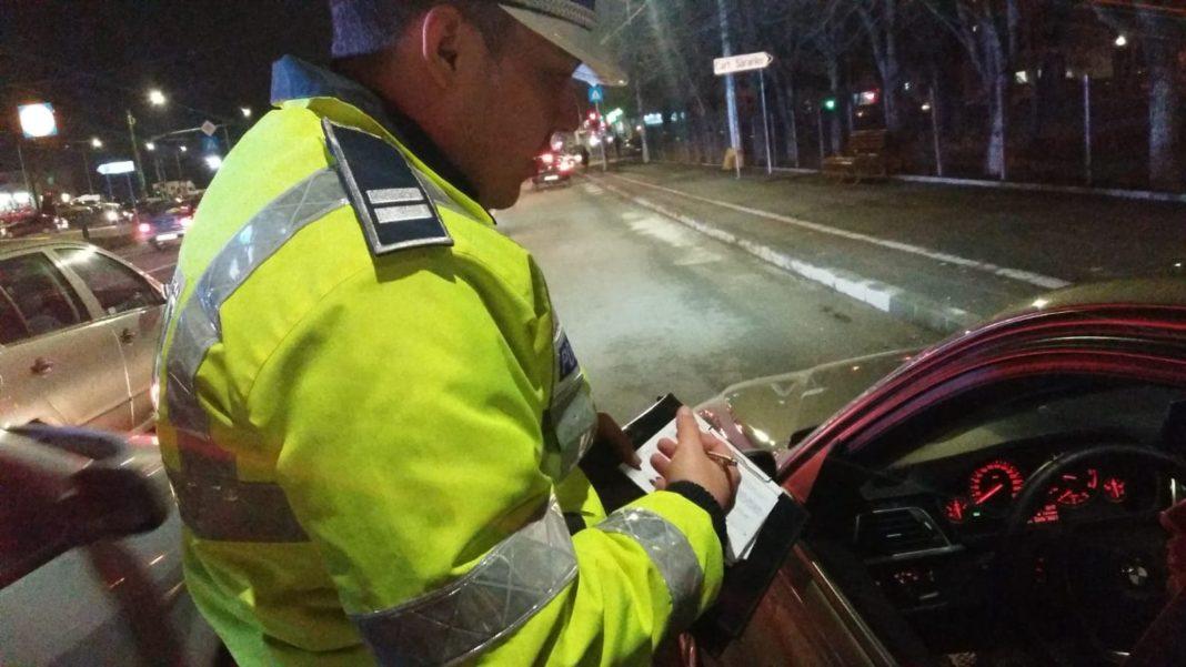 Angajat al DSP prins la volan sub influenţa băuturilor alcoolice