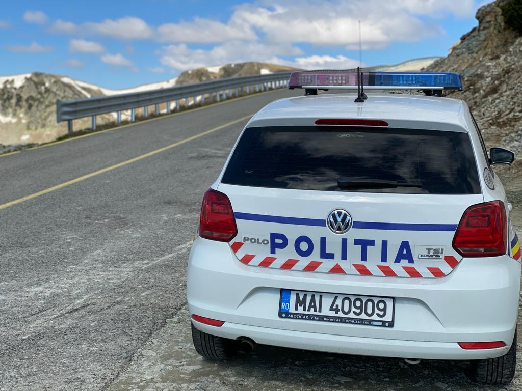 S-a redeschis circulația pe Transalpina. Condiții de acces pentru șoferi