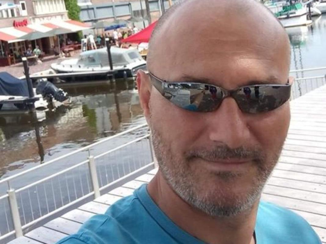 Bărbatul care a incediat o fată de 17 ani din Mehedinţi a murit în spital