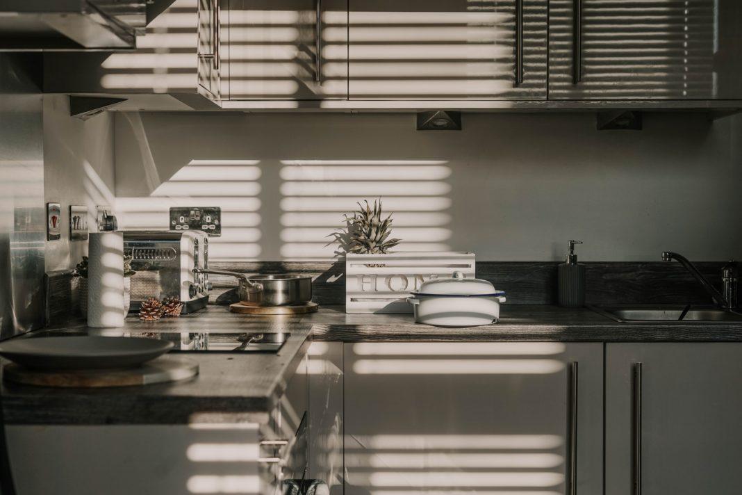Cum să alegi un robot de bucătărie. Tot ce trebuie să știi