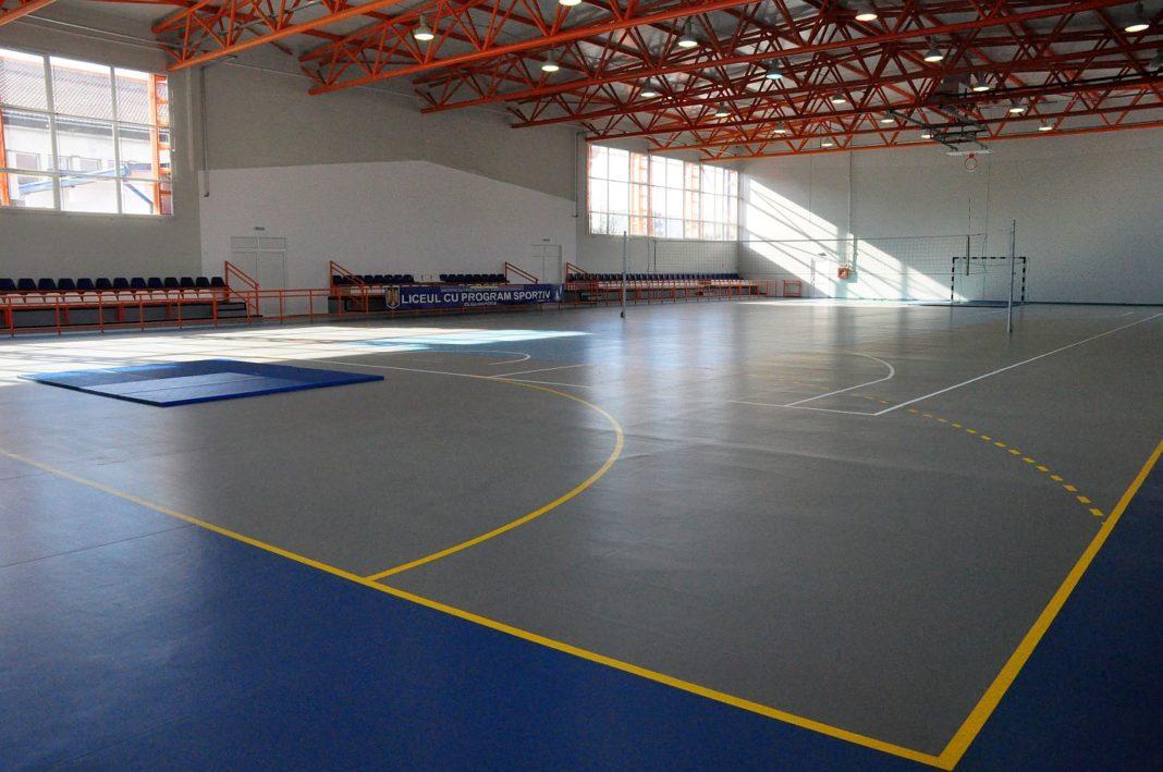 Cluburile sportive școlare și liceele cu program sportiv își reiau activitatea