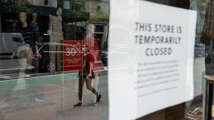 OFICIAL SUA au intrat în recesiune