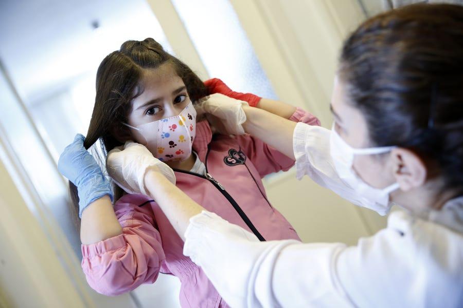 Copiii pot răspândi coronavirusul ca oricine altcineva