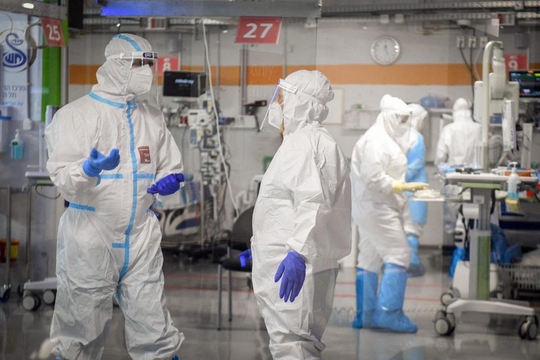 În ultimele 24 de ore au fost internate în spitalele din Vâlcea 15 persoane confirmate pozitiv cu virusul SARS-COV-2