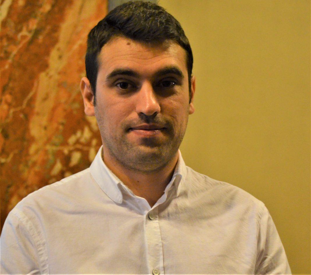 Mihai Vlad Butari, directorul general și administratorul Salubritate SRL Craiova, are în conturi peste 100.000 de euro. E drept că a vândut un apartament și a rămas cu bani și după nuntă.