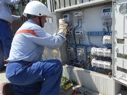 ANRE vrea să simplifice procesul de schimbare a furnizorilor de energie electrică și de gaze