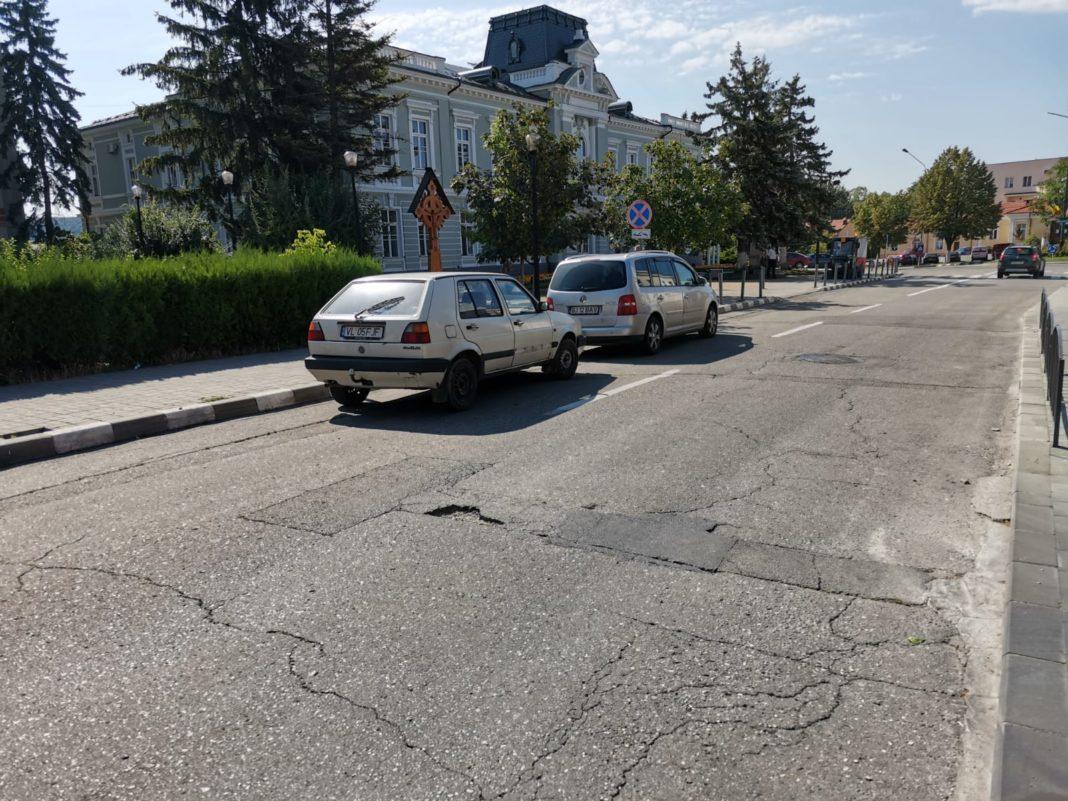 Două sensuri giratorii din Râmnicu Vâlcea vor intra de mâine noapte în reabilitare, la intersecţia a străyi importante din oraş