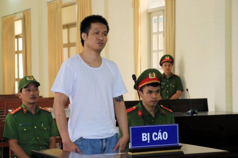Condamnat la 8 ani de închisoare din cauza postărilor pe Facebook