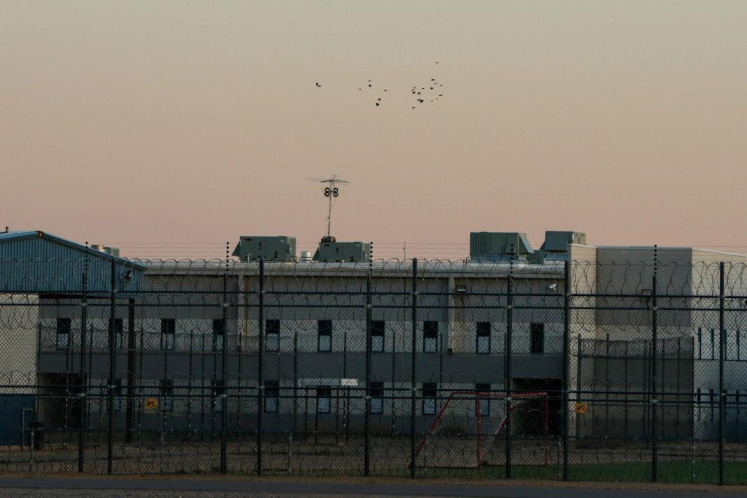 SUA: Aproape jumătate dintre deţinuţii de la o închisoare din Arizona, pozitivi la COVID-19