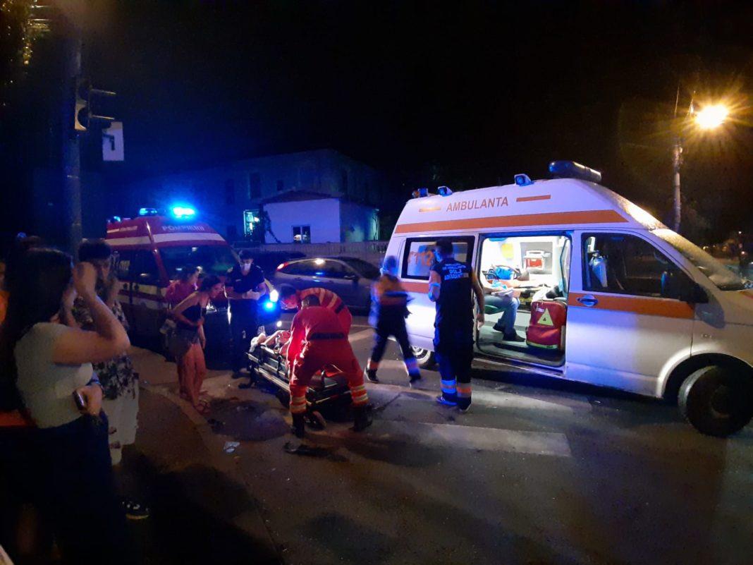 Trei tineri au ajuns la spital în urma accidentului de aseară