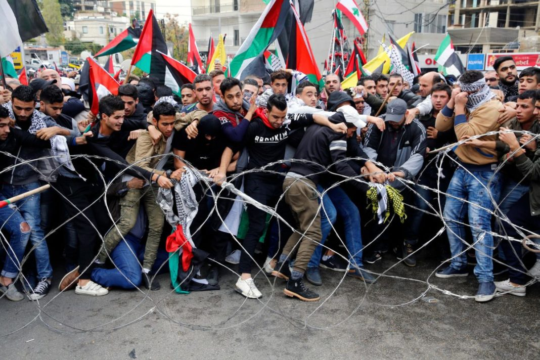 Proteste antiguvernamentale la Beirut. Manifestanții au vandalizat magazinele