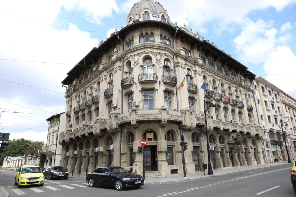Pentru reabilitarea clădirii Palace ar fi nevoie, de fapt, de opt milioane de euro