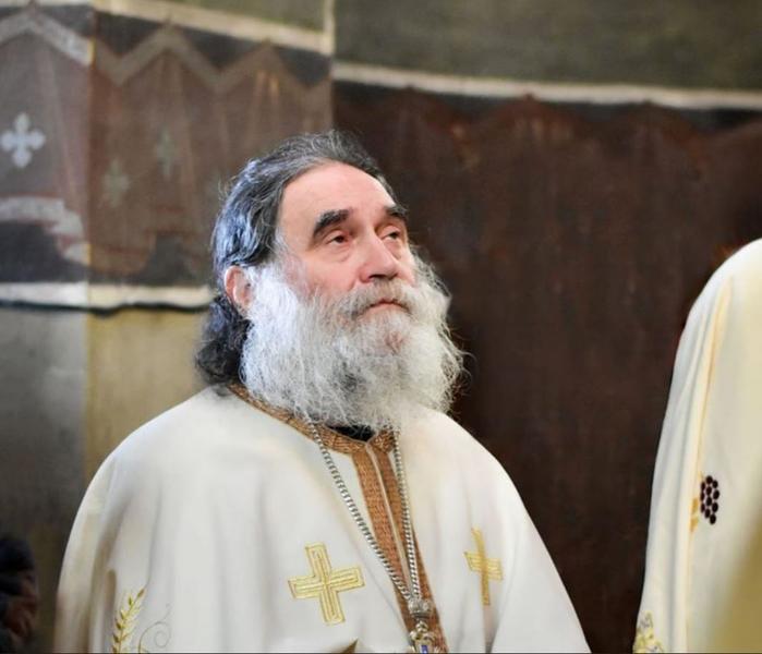 Starețul Mănăstirii Stânișoara a murit din cauza Covid-19