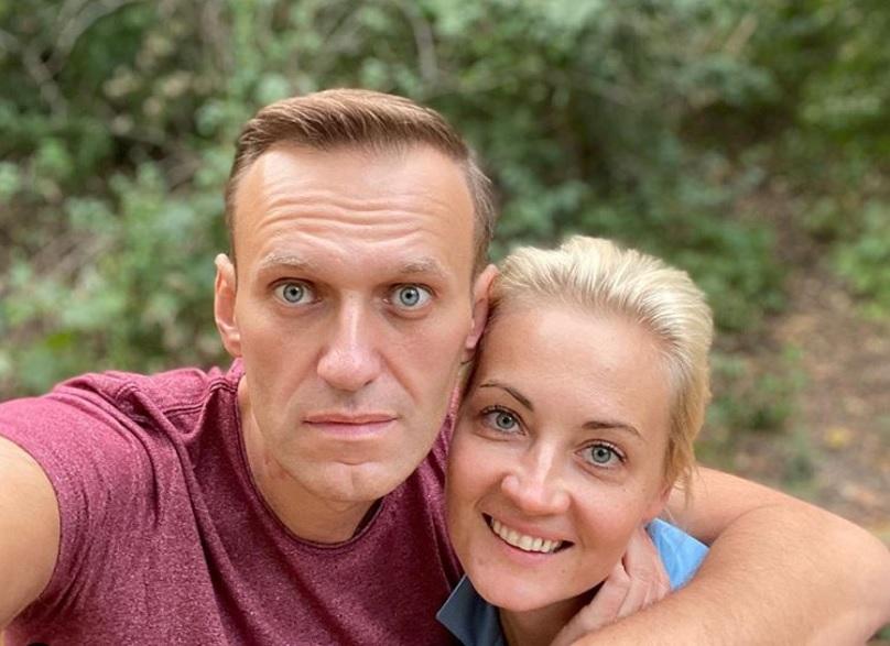 Opozantul rus Aleksei Navalnîi, victima unei otrăviri cu noviciok, a scris un mesaj lung de mulţumire pentru medici şi piloţi