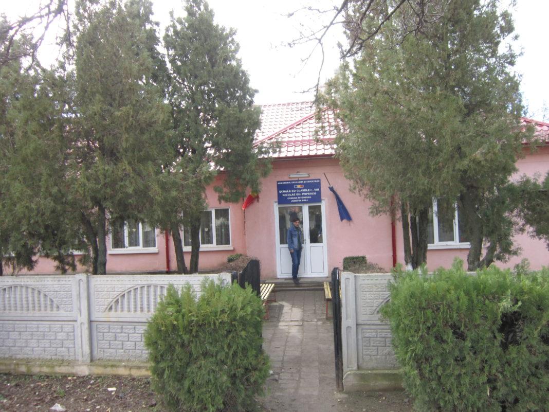 Şcoala Întorsura una dintre unităţile de învăţământ cu director, fără concurs