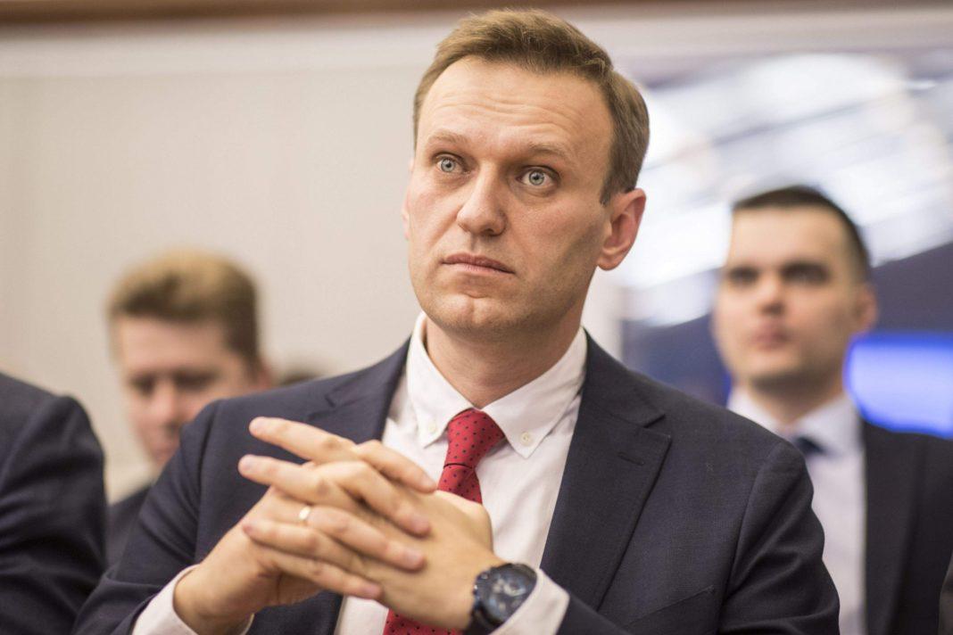 Apropiații lui Aleksei Navalnîi spun că au găsit Noviciok într-o sticlă de apă din hotel