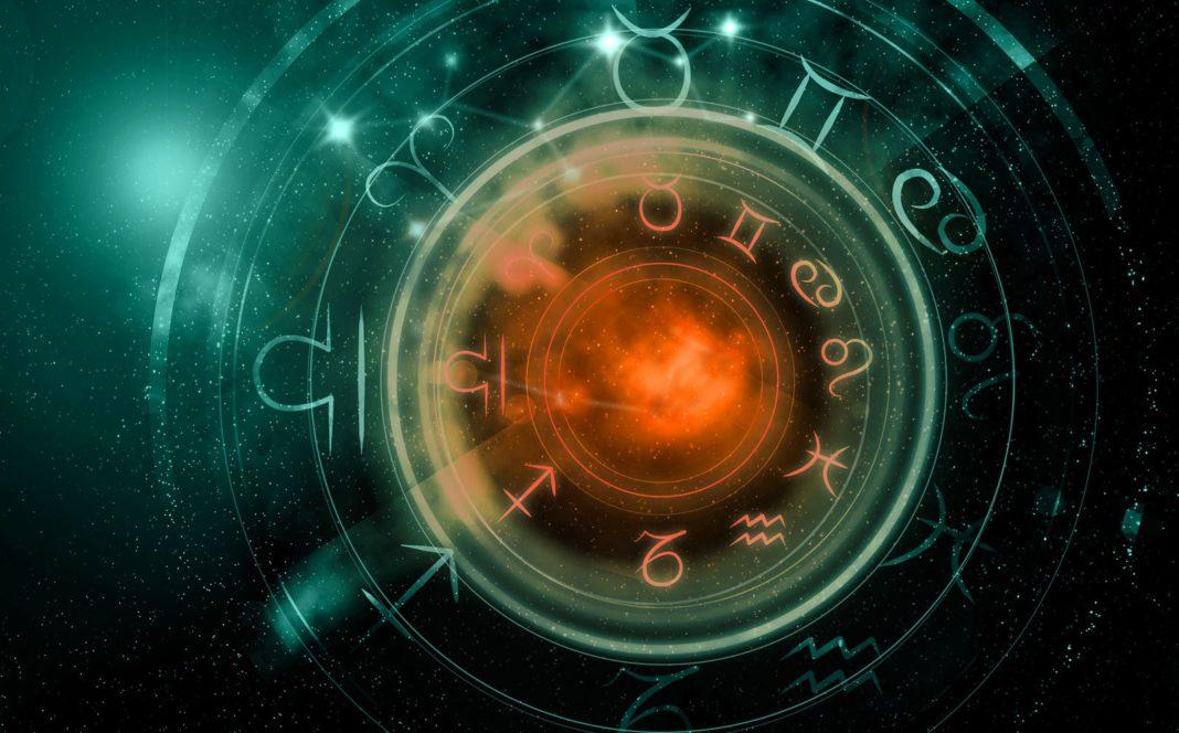 Horoscop de weekend 23-25 Septembrie 2016 - Berbecii au o ...  |Horoscop 25 Septembrie 2020