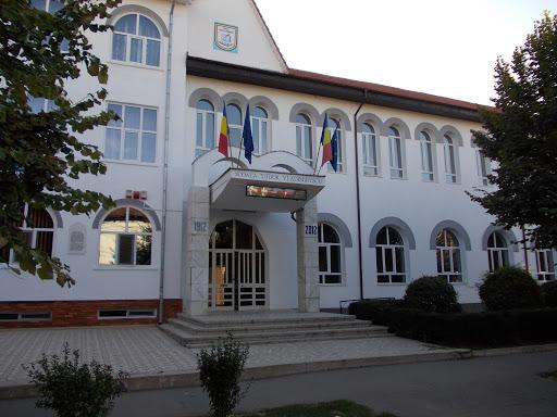Noul birou pentru înmatriculări auto va funcționa în clădirea Primăriei Drăgășani
