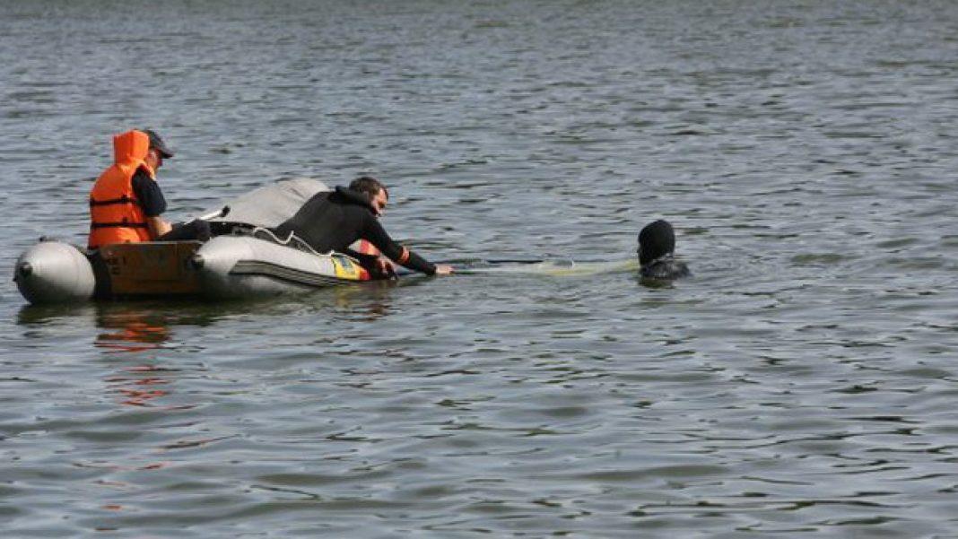 Trupul adolescentului înecat în lacul tulcean Iacobdeal, găsit de scafandri
